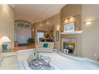 """Photo 4: 11950 CLARK Drive in Delta: Sunshine Hills Woods House for sale in """"West Panorama Ridge"""" (N. Delta)  : MLS®# R2122074"""