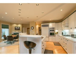 """Photo 6: 11950 CLARK Drive in Delta: Sunshine Hills Woods House for sale in """"West Panorama Ridge"""" (N. Delta)  : MLS®# R2122074"""