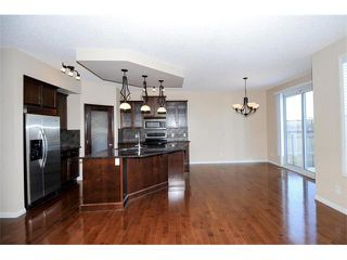 Photo 8: 172 ASPEN HILLS Close SW in Calgary: Aspen Woods House for sale : MLS®# C4102961