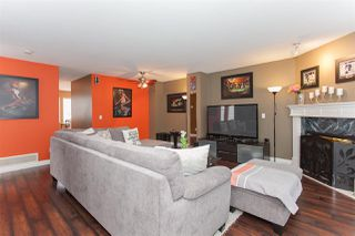"Photo 3: 41 15450 101A Avenue in Surrey: Guildford Townhouse for sale in ""CANTERBURY"" (North Surrey)  : MLS®# R2149046"