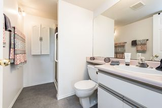 """Photo 12: 109 1447 BEST Street: White Rock Condo for sale in """"Monticello Place"""" (South Surrey White Rock)  : MLS®# R2169462"""
