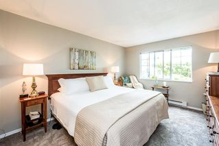 """Photo 9: 109 1447 BEST Street: White Rock Condo for sale in """"Monticello Place"""" (South Surrey White Rock)  : MLS®# R2169462"""