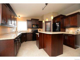 Photo 13: 8029 SHORTGRASS Bay in Regina: Fairways West Residential for sale : MLS®# SK611118