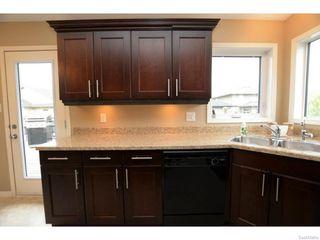 Photo 16: 8029 SHORTGRASS Bay in Regina: Fairways West Residential for sale : MLS®# SK611118