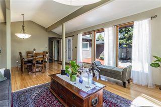 Photo 6: 51 HOLDEN Road SW in Calgary: Haysboro House for sale : MLS®# C4125206
