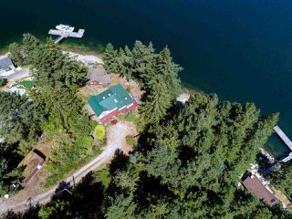 Main Photo: 13038 HASSAN Road in Madeira Park: Pender Harbour Egmont House for sale (Sunshine Coast)  : MLS®# R2187196