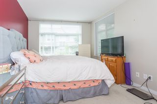 "Photo 5: 301 10788 139 Street in Surrey: Whalley Condo for sale in ""Aura"" (North Surrey)  : MLS®# R2188490"
