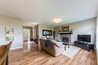 "Photo 3: 22855 DOCKSTEADER Circle in Maple Ridge: Silver Valley House for sale in ""Silver Valley"" : MLS®# R2191782"