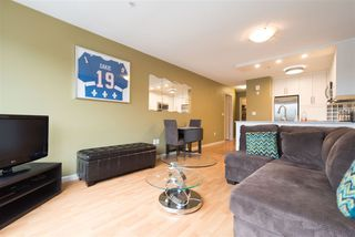 "Photo 5: 405 189 ONTARIO Place in Vancouver: Main Condo for sale in ""MAYFAIR"" (Vancouver East)  : MLS®# R2211161"