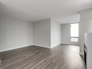 "Photo 6: 2002 2959 GLEN Drive in Coquitlam: North Coquitlam Condo for sale in ""THE PARC"" : MLS®# R2213475"