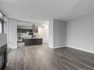 "Photo 8: 2002 2959 GLEN Drive in Coquitlam: North Coquitlam Condo for sale in ""THE PARC"" : MLS®# R2213475"