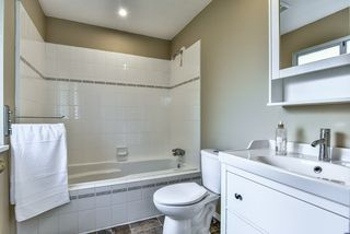 Photo 8: 15833 91 Avenue in Surrey: Fleetwood Tynehead House for sale : MLS®# R2213982