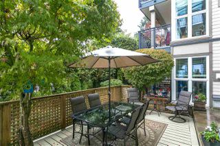 "Photo 17: 201 106 W KINGS Road in North Vancouver: Upper Lonsdale Condo for sale in ""Kings Court"" : MLS®# R2214893"