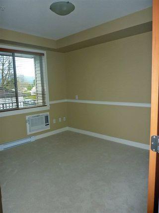 "Photo 9: 214 11887 BURNETT Street in Maple Ridge: East Central Condo for sale in ""WELLINGTON STATION"" : MLS®# R2225610"