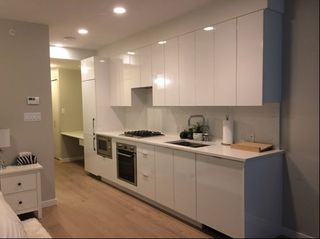 """Photo 2: 512 2888 CAMBIE Street in Vancouver: Mount Pleasant VW Condo for sale in """"The Spot on Cambie"""" (Vancouver West)  : MLS®# R2226328"""