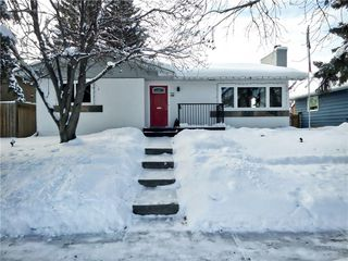 Photo 3: 635 ACADIA Drive SE in Calgary: Willow Park House for sale : MLS®# C4165884
