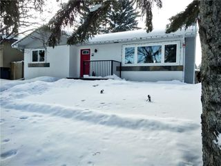 Photo 2: 635 ACADIA Drive SE in Calgary: Willow Park House for sale : MLS®# C4165884