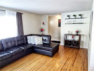 Photo 4: 635 ACADIA Drive SE in Calgary: Willow Park House for sale : MLS®# C4165884