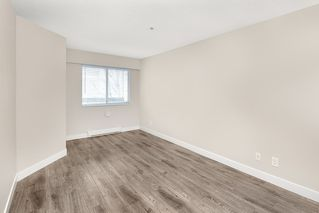 "Photo 18: 305 509 CARNARVON Street in New Westminster: Downtown NW Condo for sale in ""HILLSIDE PLACE"" : MLS®# R2244471"