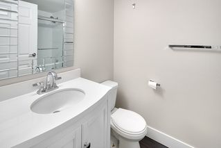 "Photo 6: 305 509 CARNARVON Street in New Westminster: Downtown NW Condo for sale in ""HILLSIDE PLACE"" : MLS®# R2244471"