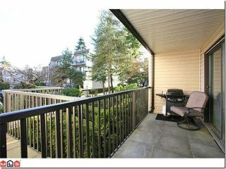Photo 8: 118 15238 100 AVENUE in Surrey: Guildford Condo for sale (North Surrey)  : MLS®# R2139737