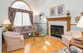 Photo 2: 238 PALISBRIAR Park SW in Calgary: Palliser House for sale : MLS®# C4182918
