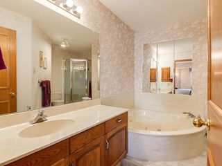 Photo 11: 238 PALISBRIAR Park SW in Calgary: Palliser House for sale : MLS®# C4182918