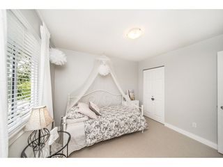 "Photo 14: 16604 60 Avenue in Surrey: Cloverdale BC 1/2 Duplex for sale in ""CONCERTO"" (Cloverdale)  : MLS®# R2286351"
