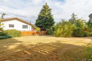 Photo 26: 932 Rankin Road in VICTORIA: Es Kinsmen Park Single Family Detached for sale (Esquimalt)  : MLS®# 395665