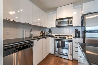"Photo 11: 803 151 W 2ND Street in North Vancouver: Lower Lonsdale Condo for sale in ""Sky"" : MLS®# R2341916"