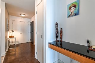 "Photo 2: 803 151 W 2ND Street in North Vancouver: Lower Lonsdale Condo for sale in ""Sky"" : MLS®# R2341916"