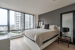 "Photo 13: 803 151 W 2ND Street in North Vancouver: Lower Lonsdale Condo for sale in ""Sky"" : MLS®# R2341916"