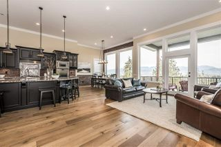 """Photo 6: 45395 MAGDALENA Place: Cultus Lake House for sale in """"Riverstone Heights"""" : MLS®# R2343887"""