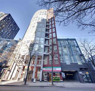 "Main Photo: 1112 933 SEYMOUR Street in Vancouver: Downtown VW Condo for sale in ""THE SPOT"" (Vancouver West)  : MLS®# R2345479"