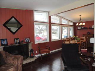 Photo 3: 15 Mohawk Bay in Winnipeg: Niakwa Park Residential for sale (2G)  : MLS®# 1906696