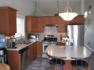 Photo 9: 143 Dorchester Drive: St. Albert House for sale : MLS®# E4149616