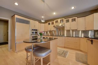 Photo 10: 1064 TORY Road in Edmonton: Zone 14 House for sale : MLS®# E4155588