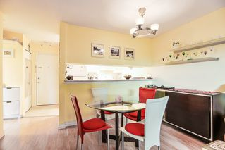 Photo 4: 104 526 THIRTEENTH Street in New Westminster: Uptown NW Condo for sale : MLS®# R2369645
