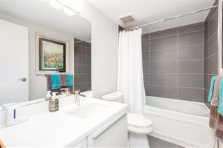 """Photo 17: 401 1323 HOMER Street in Vancouver: Yaletown Condo for sale in """"Pacific Point"""" (Vancouver West)  : MLS®# R2373615"""