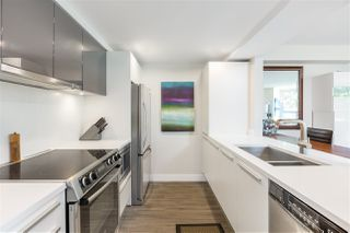 """Photo 7: 401 1323 HOMER Street in Vancouver: Yaletown Condo for sale in """"Pacific Point"""" (Vancouver West)  : MLS®# R2373615"""