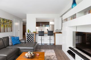 """Photo 9: 401 1323 HOMER Street in Vancouver: Yaletown Condo for sale in """"Pacific Point"""" (Vancouver West)  : MLS®# R2373615"""
