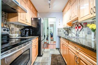 Photo 1: 802 620 SEVENTH Avenue in New Westminster: Uptown NW Condo for sale : MLS®# R2376582