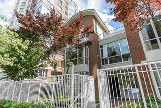 Main Photo: 1288 QUEBEC Street in Vancouver: Downtown VE Townhouse for sale (Vancouver East)  : MLS®# R2381608