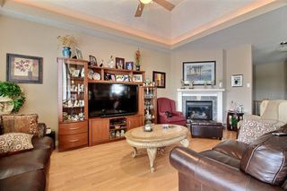 Photo 6: 348 OZERNA Road in Edmonton: Zone 28 House for sale : MLS®# E4163853