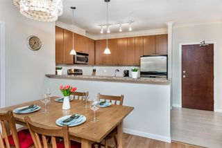 """Photo 7: 214 14 E ROYAL Avenue in New Westminster: Fraserview NW Condo for sale in """"VICTORIA HILL"""" : MLS®# R2385343"""