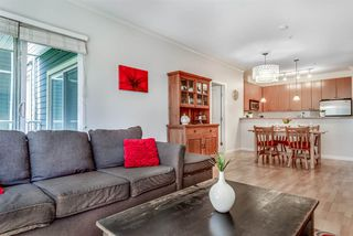 """Photo 2: 214 14 E ROYAL Avenue in New Westminster: Fraserview NW Condo for sale in """"VICTORIA HILL"""" : MLS®# R2385343"""
