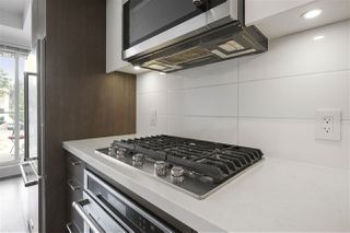"""Photo 8: 505 417 GREAT NORTHERN Way in Vancouver: Strathcona Condo for sale in """"CANVAS"""" (Vancouver East)  : MLS®# R2385413"""