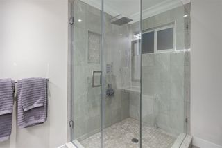 Photo 14: 975 DELESTRE Avenue in Coquitlam: Maillardville House for sale : MLS®# R2386158