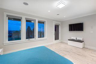 Photo 12: 975 DELESTRE Avenue in Coquitlam: Maillardville House for sale : MLS®# R2386158