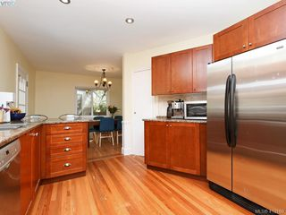 Photo 9: 3337 Richmond Rd in VICTORIA: SE Mt Tolmie Single Family Detached for sale (Saanich East)  : MLS®# 819267